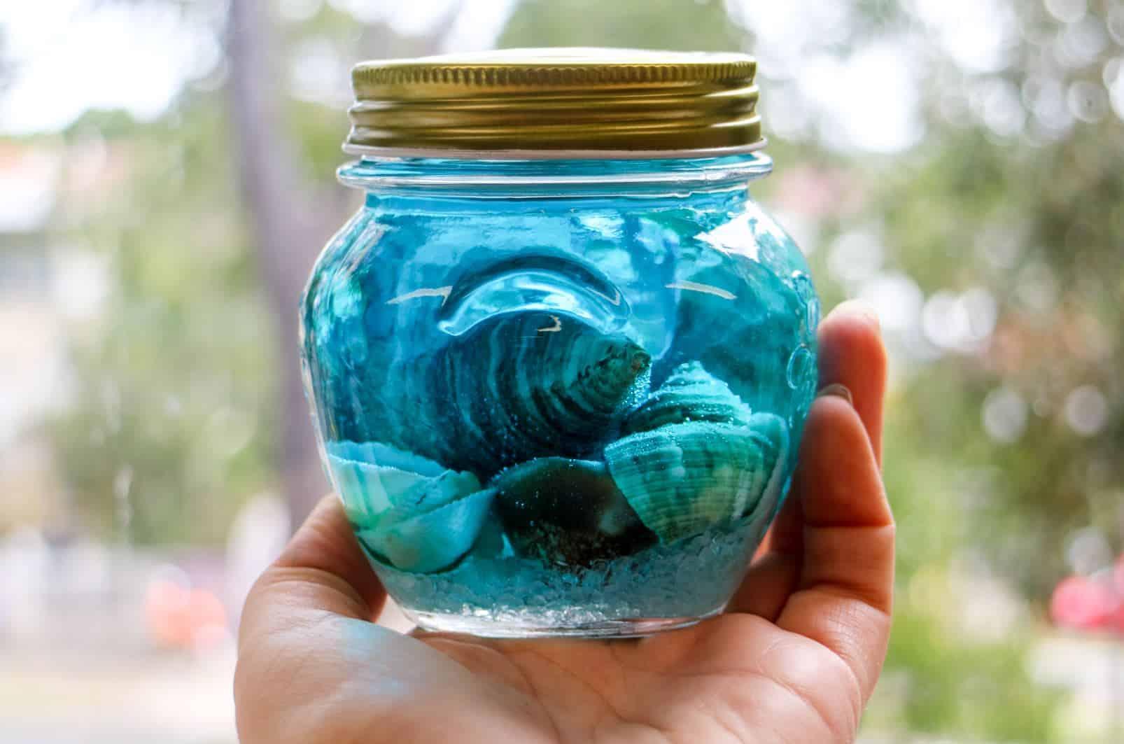 DIY Montessori: Summer Sensory Bottles